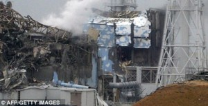 It's official : Tepco are moving the fuel…..